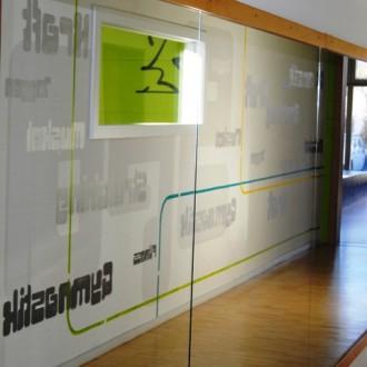 Typographische Wandgestaltung